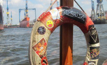 Eine besondere Stadtführung durch Hamburg - per Schiff.